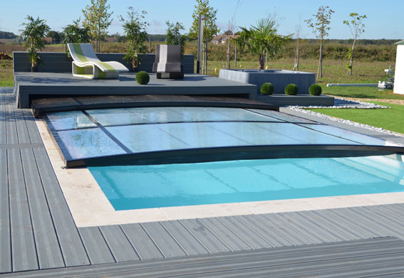 Abris piscines en provence for Abris de piscine plat