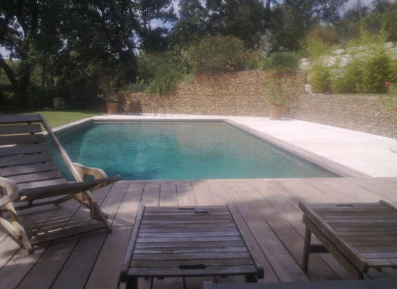 Construction de piscines piscines en provence for Piscine miroir filtration
