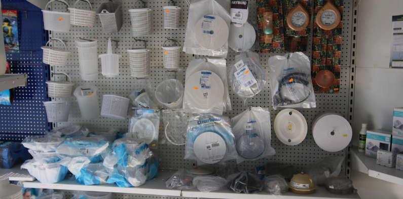 Pieces detachees pour abri de piscine beautiful pieces for Distripool magasin